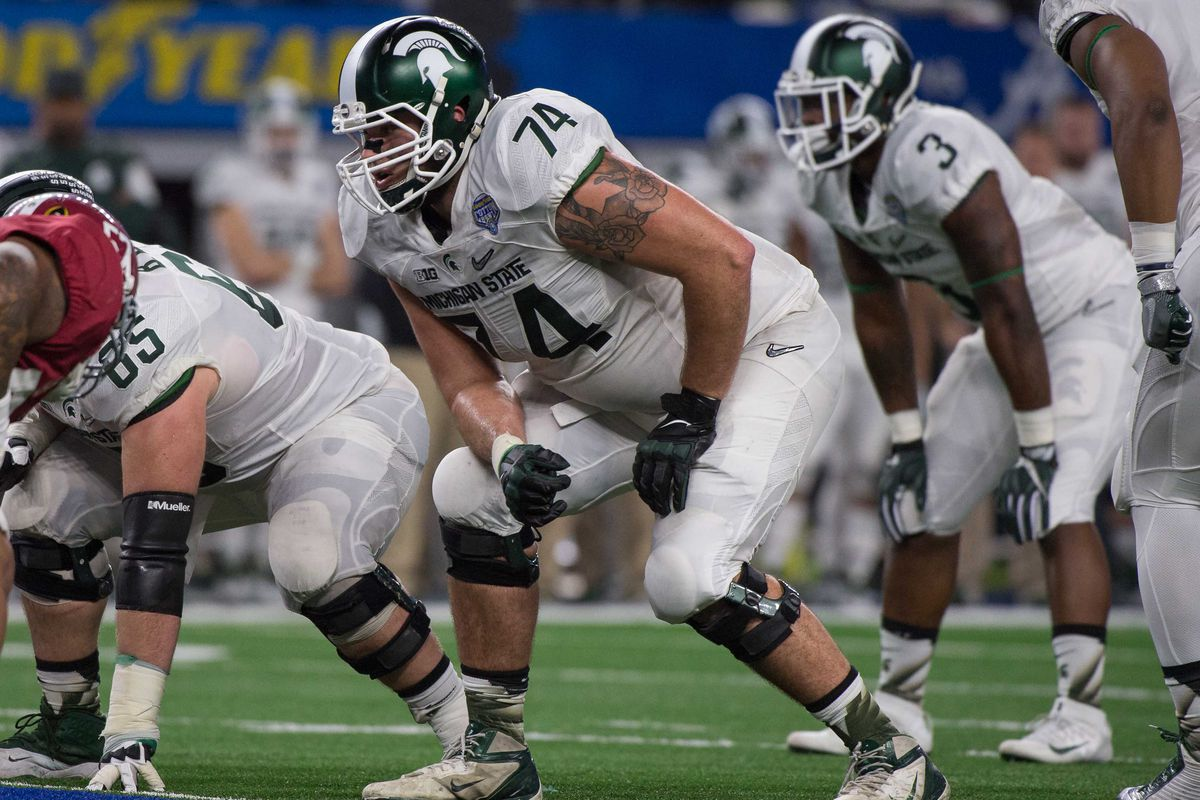 Jack Conklin. The future at right tackle?
