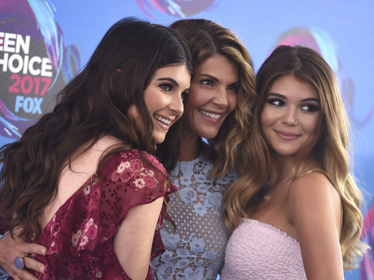 What the Hot Pockets heiress sentence tells us about Lori Loughlin