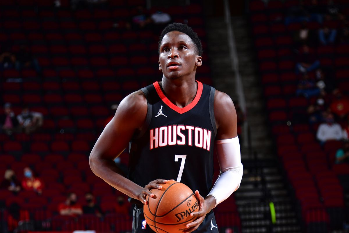 Victor Oladipo #7 of the Houston Rockets shoots the ball against the San Antonio Spurs on February 6, 2021 at the Toyota Center in Houston, Texas.