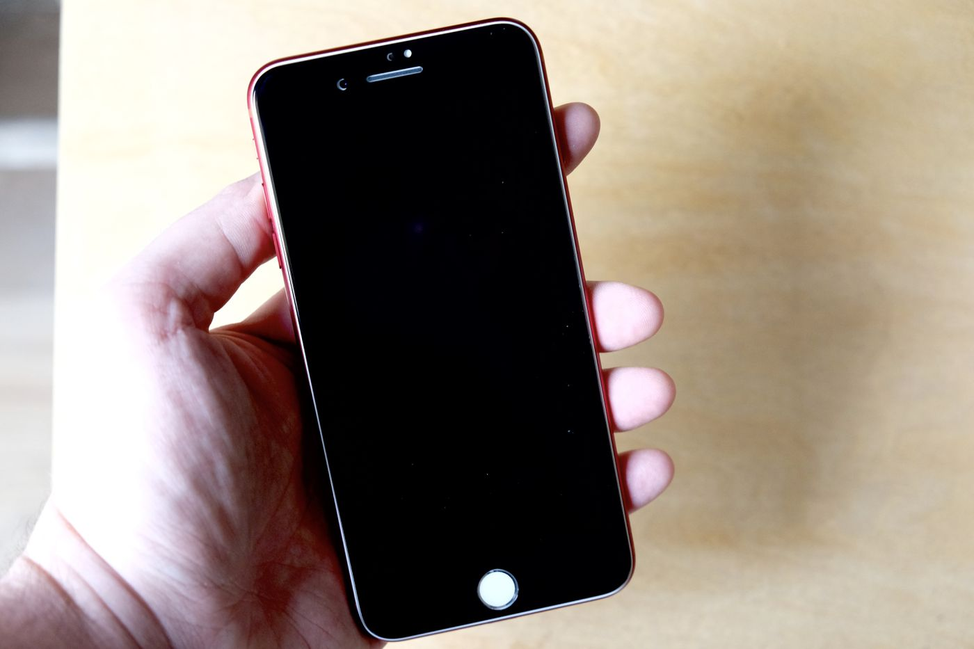 I Fixed Apple S Red Iphone With A 14 Screen Protector The Verge