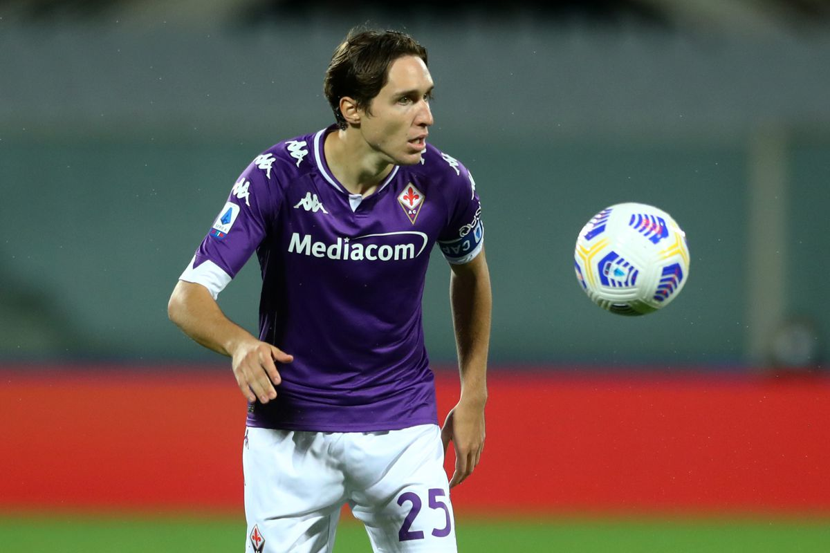 Reports Juventus Fiorentina Agree To Deal For Federico Chiesa Black White Read All Over