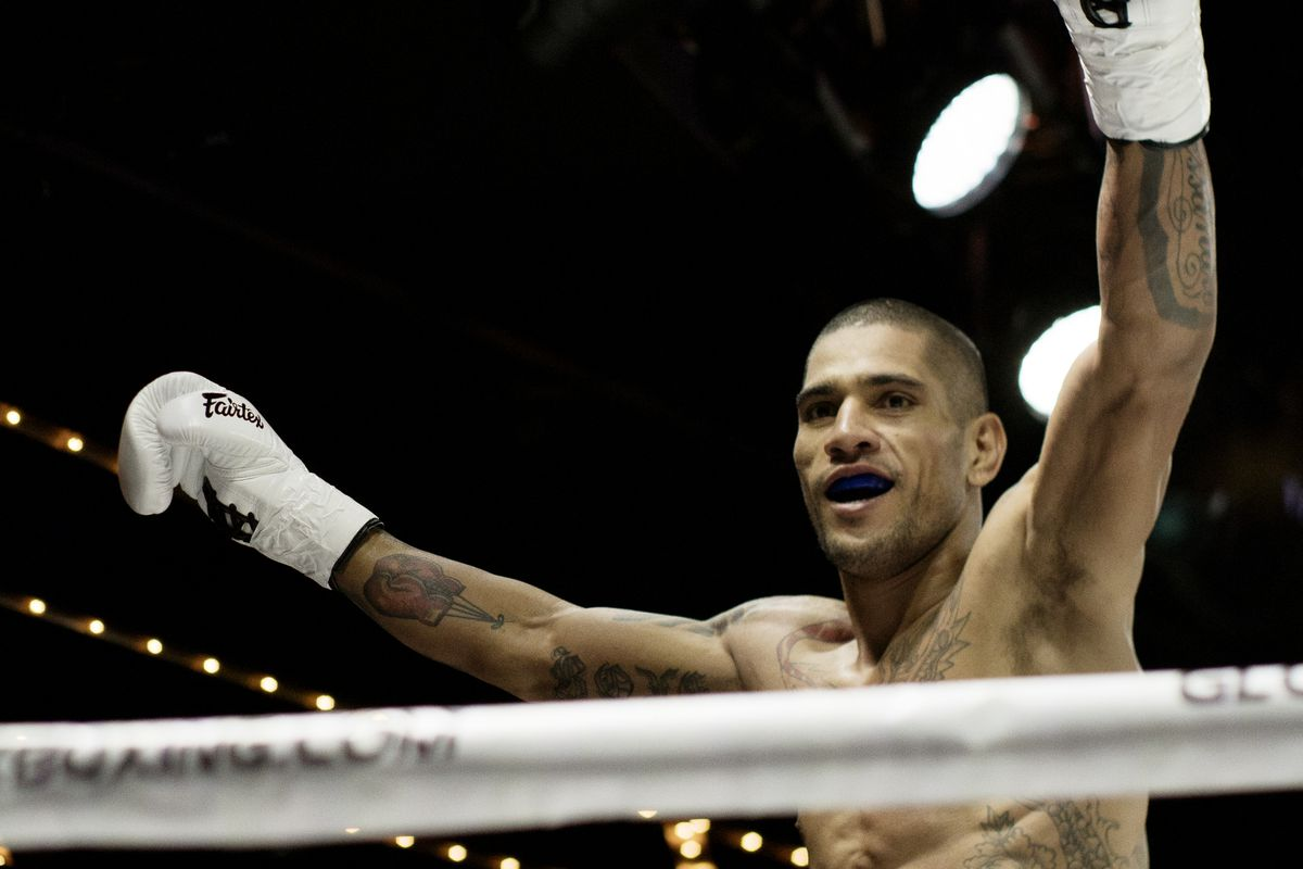 GLORY kickboxing champion Alex Pereira is expected to be in the UFC sooner than later.