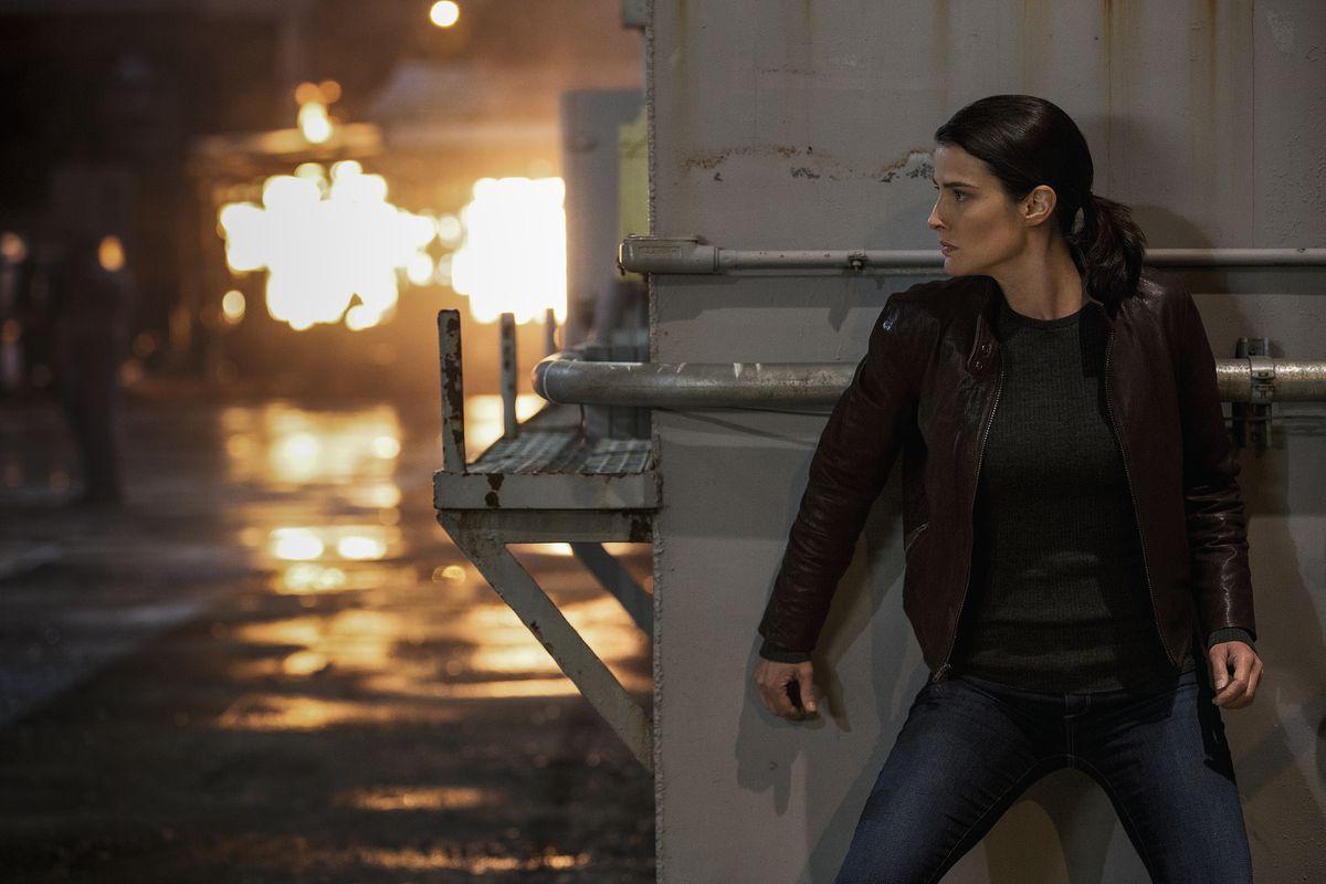 Cobie Smulders in Jack Reacher: Never Go Back