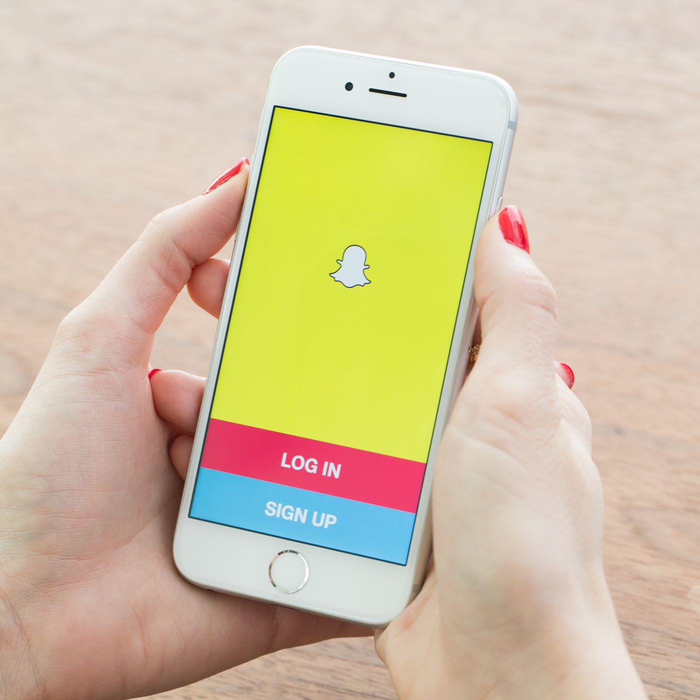 88eff7686226 Snapchat is way more popular on iOS than Android - The Verge