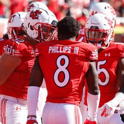 Utah cornerback Clark Phillips III (8) celebrates is his touchdown with his teammates during the fourth quarter of an NCAA college football game against Washington State at Rice-Eccles Stadium on Saturday, Sept. 25, 2021 in Salt Lake City. Utah won the game 24-13.
