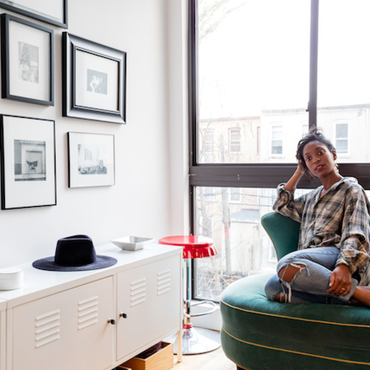 In Bed Stuy a Fashion Editor Finds Balance Between the Old and New