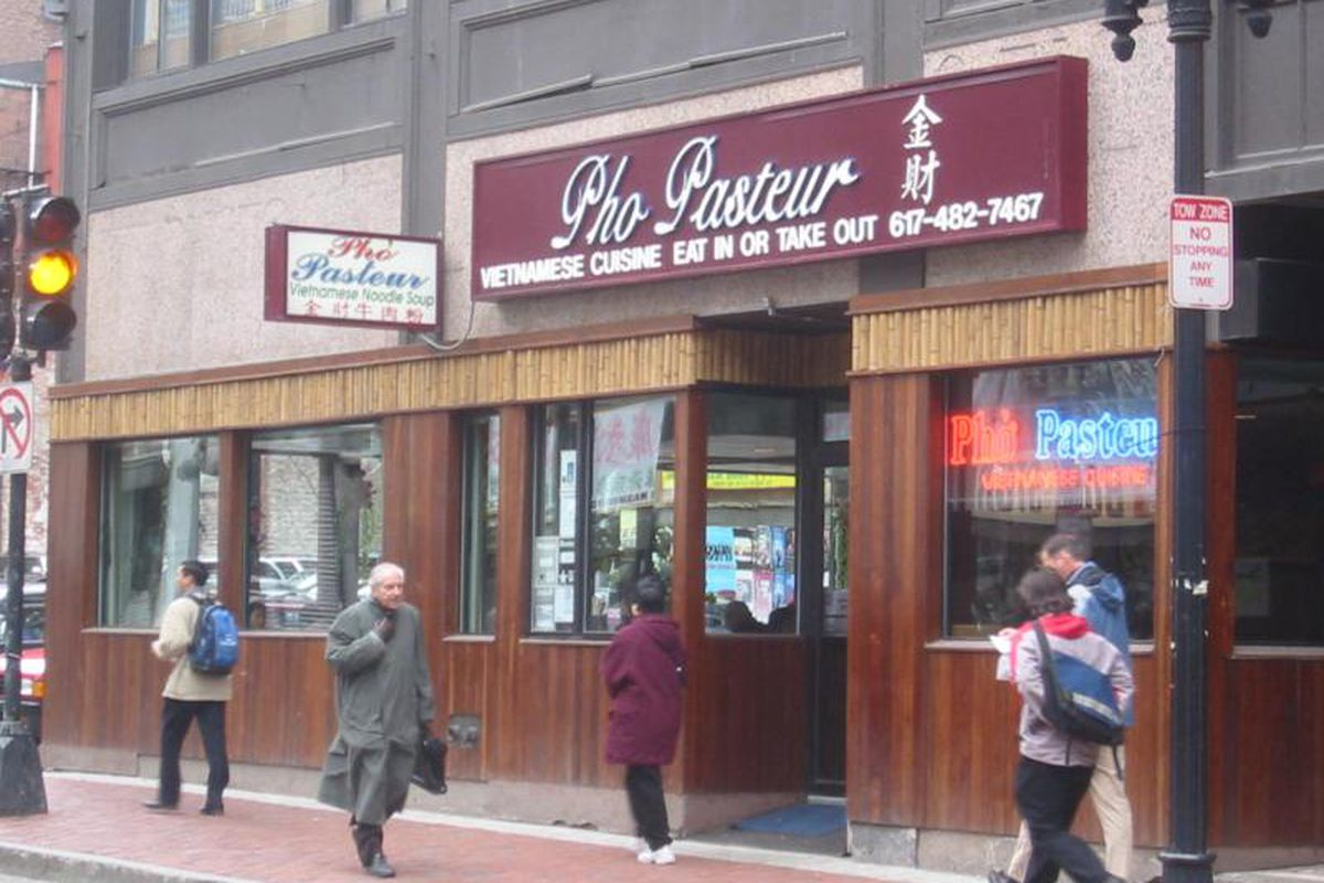 Pho Pasteur exterior in Boston's Chinatown
