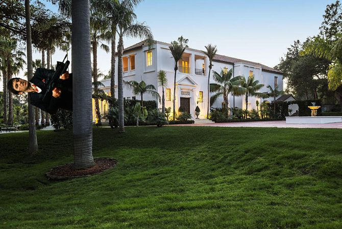 . Nobody Wants to Buy the Mansion from Scarface   Curbed