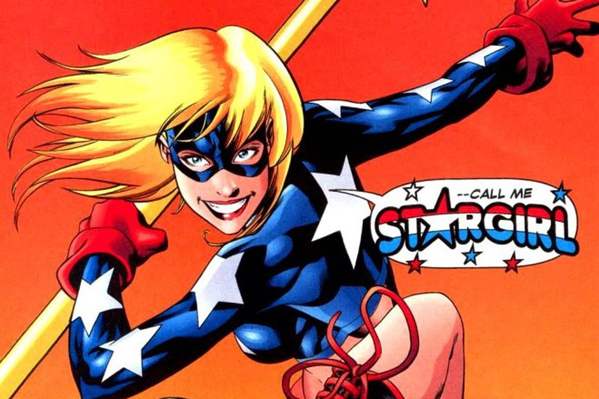 Sdcc 2018 Stargirl Live Action Series Set For Dc Streaming Service