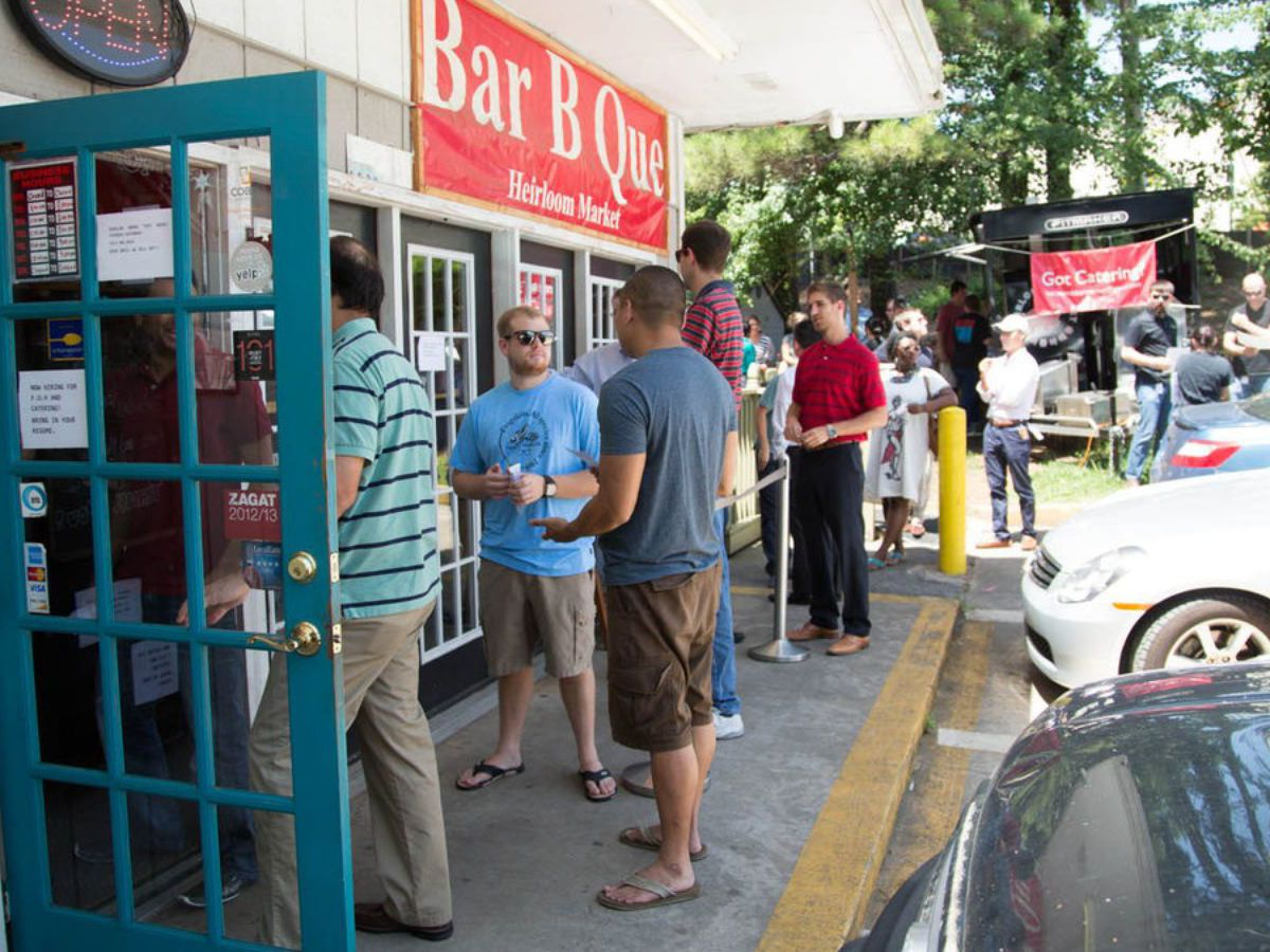 A line of customers outside Heirloom Market BBQ
