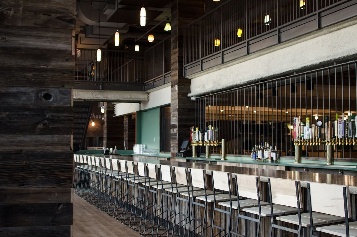 Flatbread Company Brighton Joins Bostons Growing Bowling