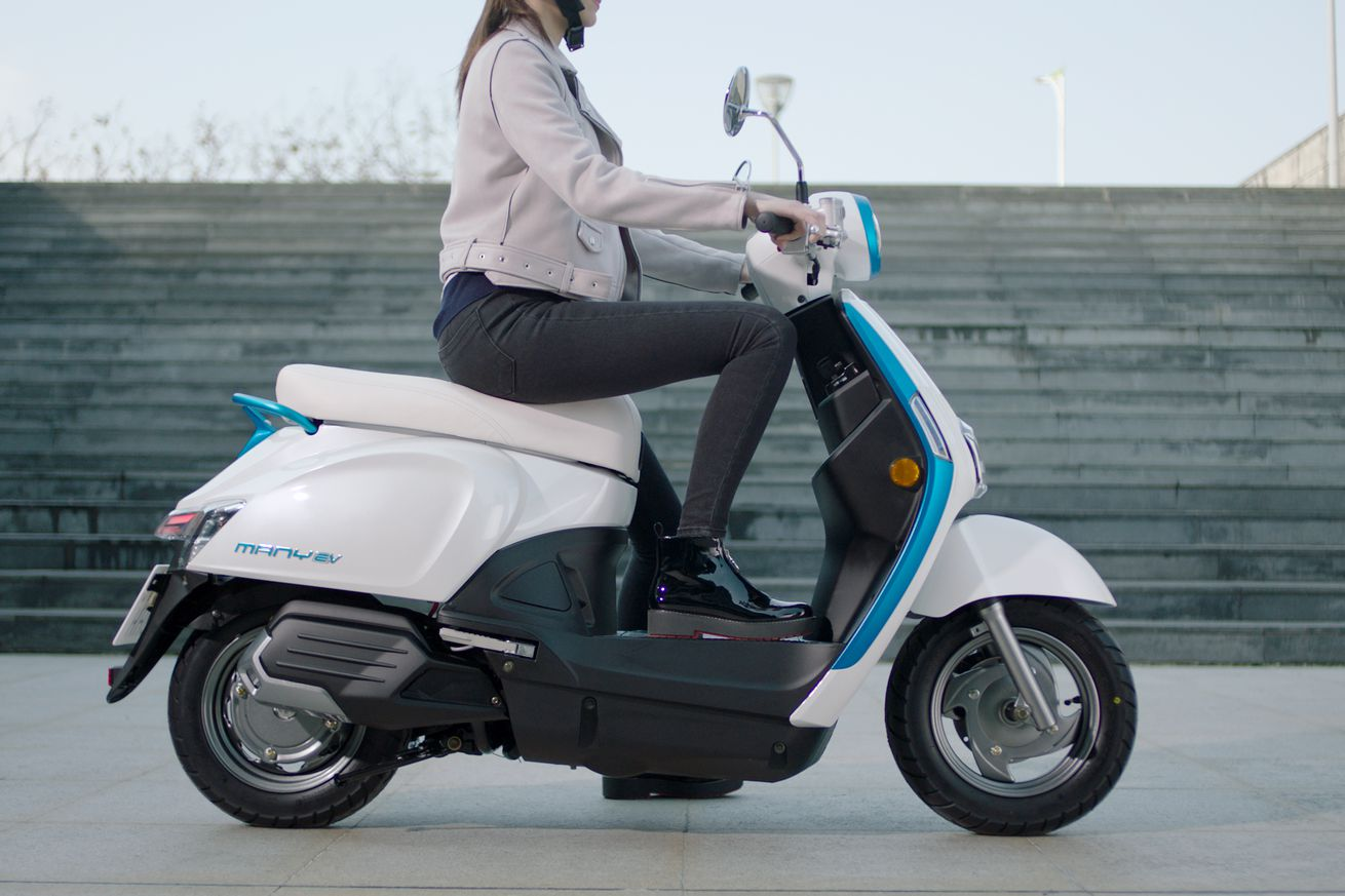 kymco s new electric scooters could be the sign of a coming boom