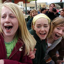 """American Idol"" fans scream for David Archuleta at The Gateway in Salt Lake City on Friday."