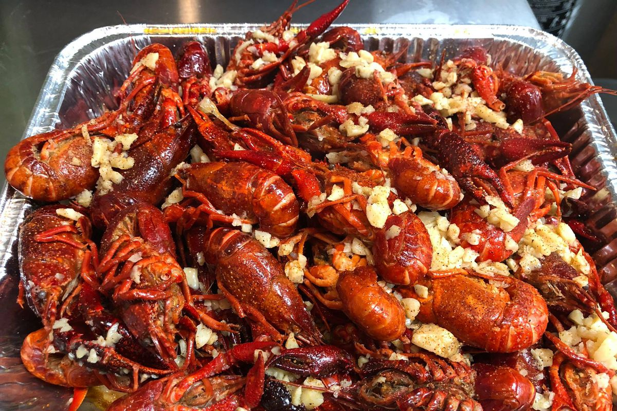 Steamed Crawfish At Rockville S Newest Seafood Restaurant Photo Live