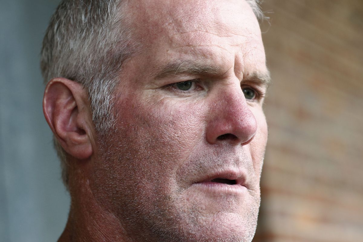 Brett Favre will repay $1.1 million he received for multiple speaking engagements where Mississippi auditor's staffers said Favre did not show up.