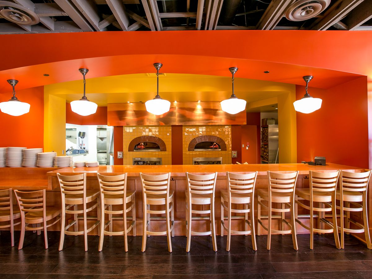 here are 10 iconic pizzerias to try in san diego eater san diego. Black Bedroom Furniture Sets. Home Design Ideas