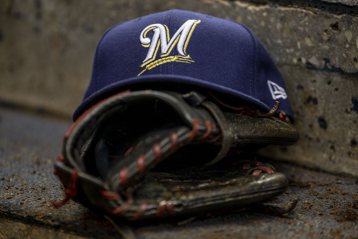 MLB: APR 07 Cubs at Brewers