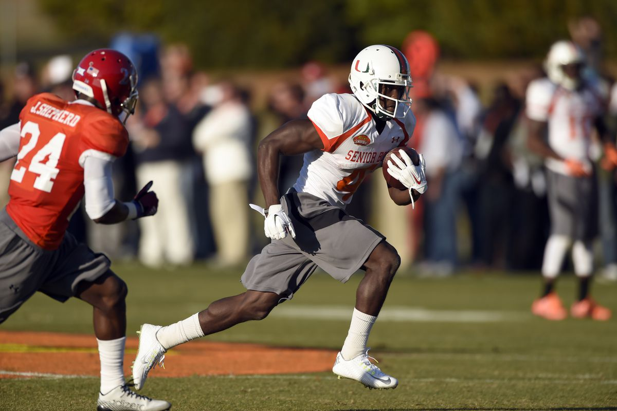 Dorsett runs away from competition at the East-West Shrine Game.