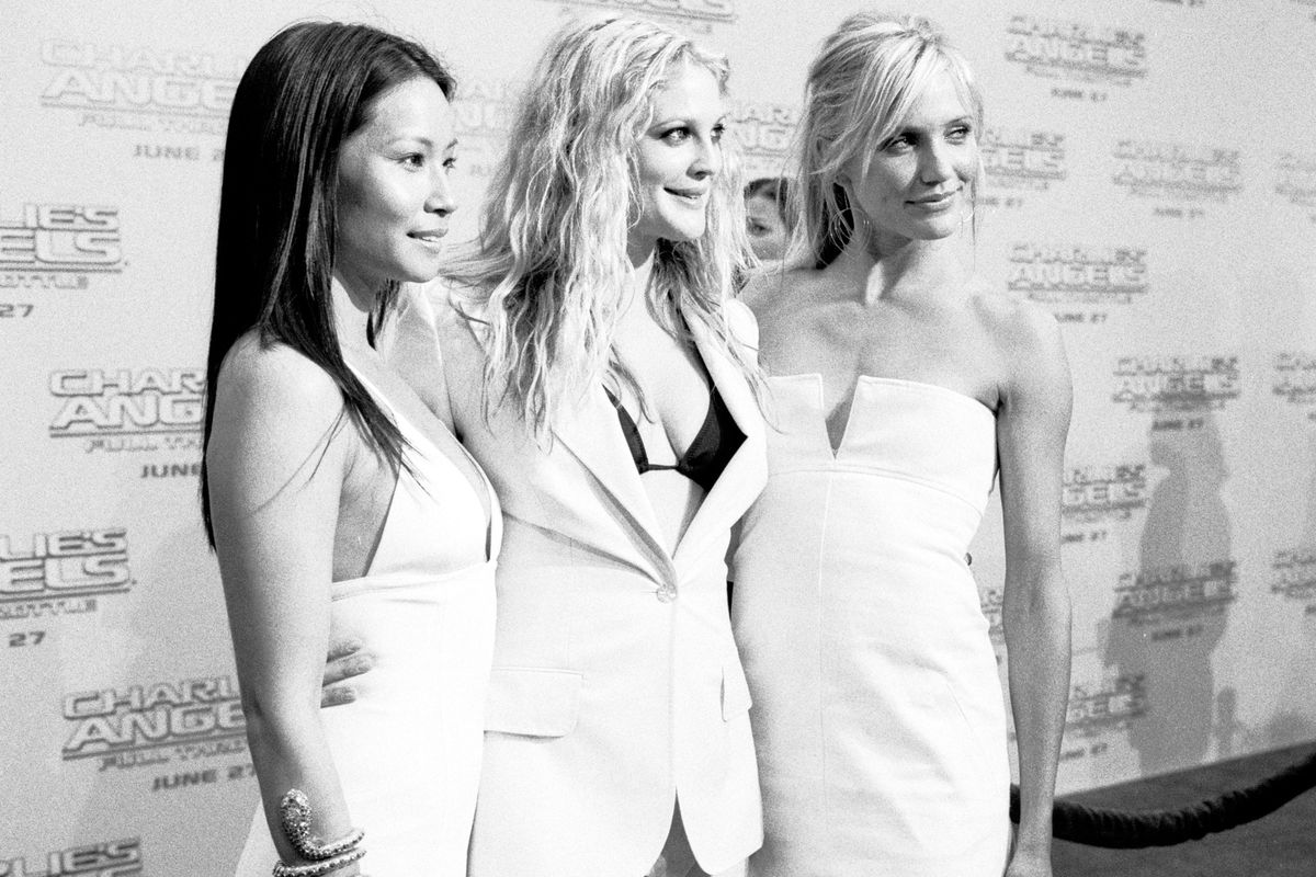 Charlie's Angels 2 - Full Throttle Premiere - Red Carpet - Black & White Photography by Chris Weeks