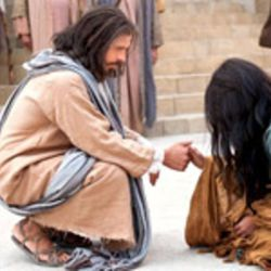 """Jesus tells a woman accused of adultery to """"sin no more"""" in the LDS Church's Bible Videos film series."""