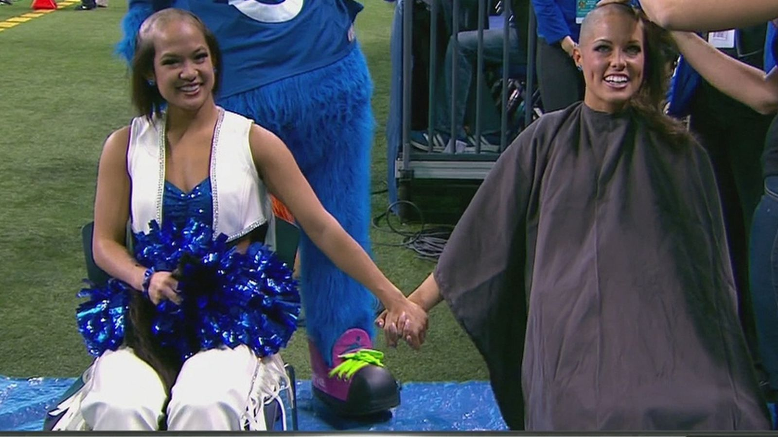 Colts Cheerleaders Shave Heads For Cancer Awareness Chuck