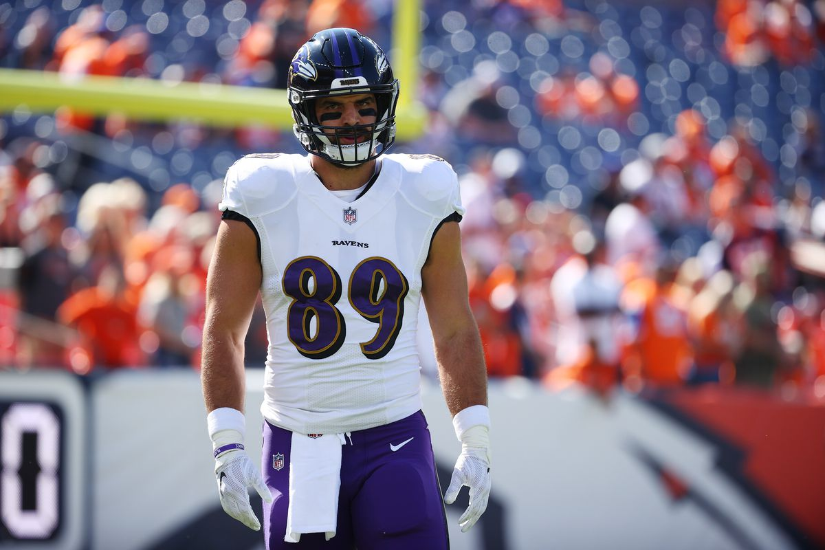 Mark Andrews #89 of the Baltimore Ravens warms up against the Denver Broncos at Empower Field At Mile High on October 3, 2021 in Denver, Colorado.