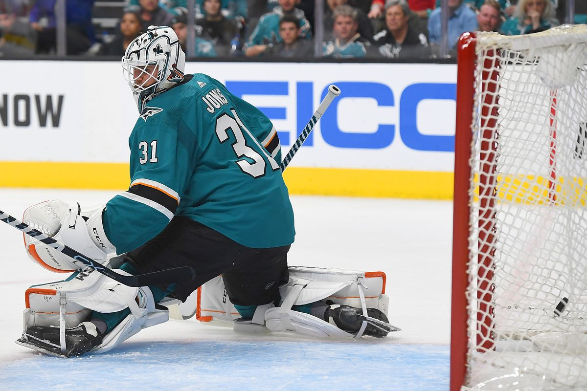 Quick Bites San Jose Sharks Dig Early Hole Get Out Fall In Game 2