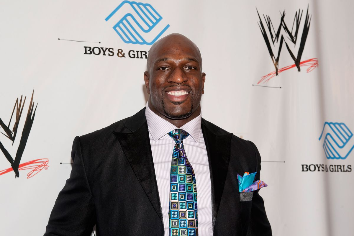 the new day and titus o neil are the role models hulk hogan only