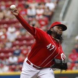 Cincinnati Reds starting pitcher Johnny Cueto throws against the Philadelphia Phillies in the first inning during a baseball game, Monday, Sept. 3, 2012, in Cincinnati.