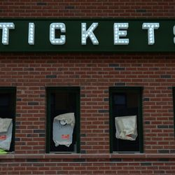 Mon 4:56 p.m. The new ticket booth on Waveland -