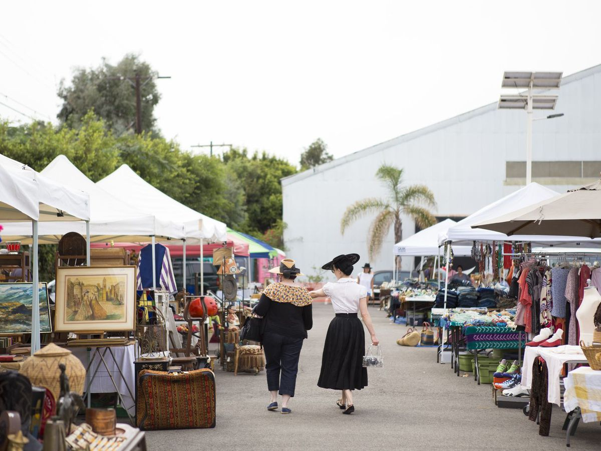 La S Best Flea Markets For Vintage Treasure Hunting