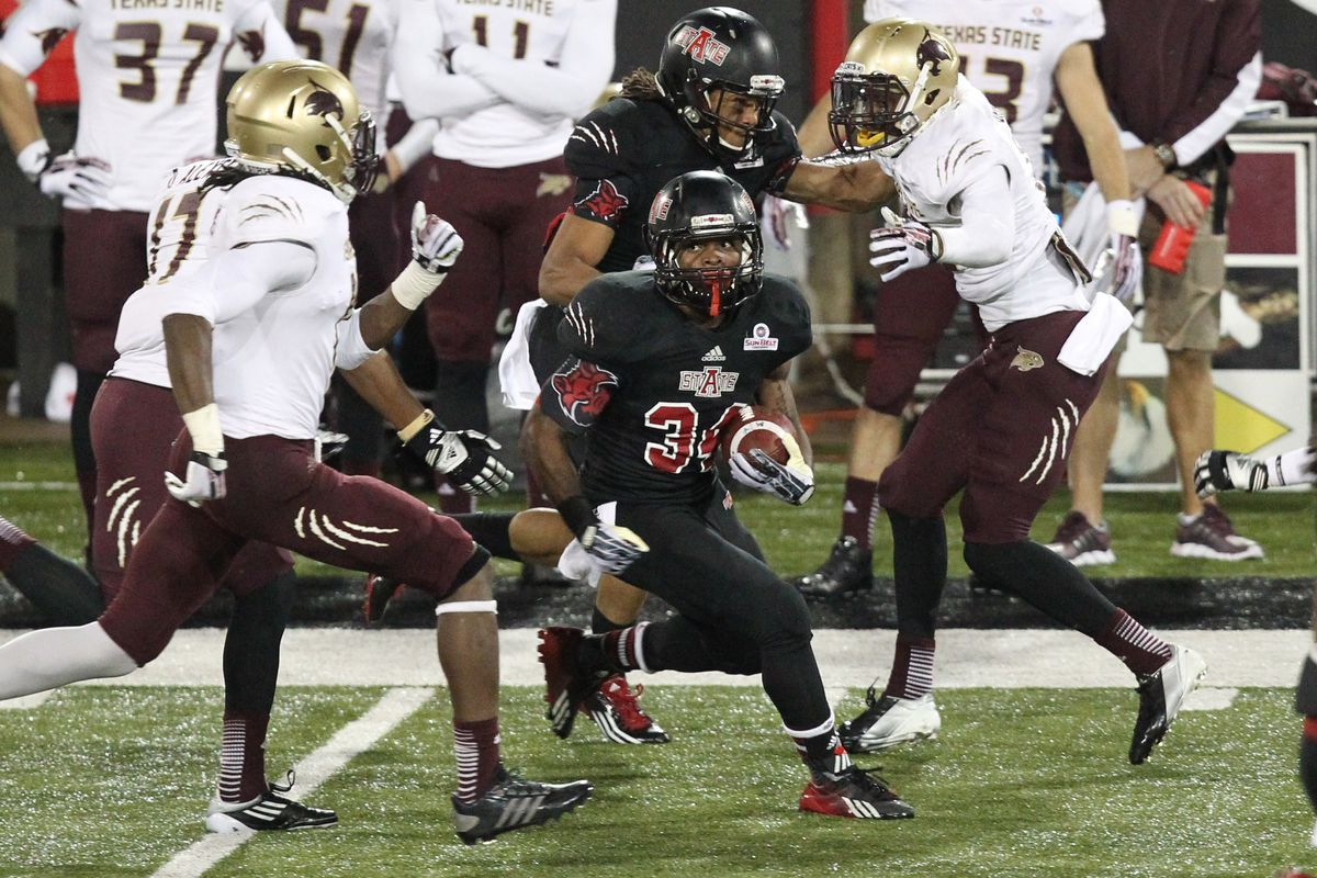 Michael Gordon looks to reach 1,000 yards against the Bobcats on Saturday