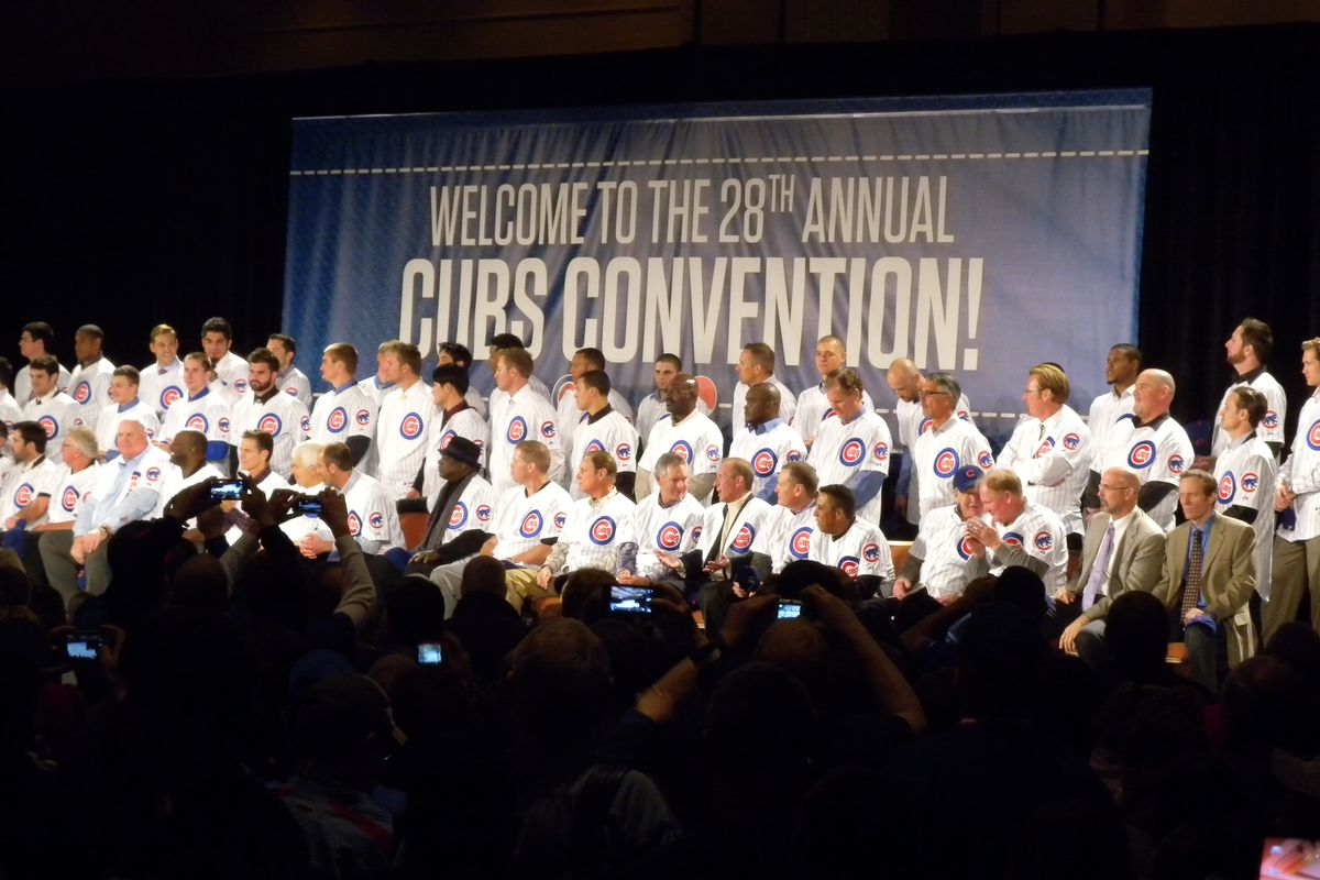 Cubs players after being introduced at the 2013 convention