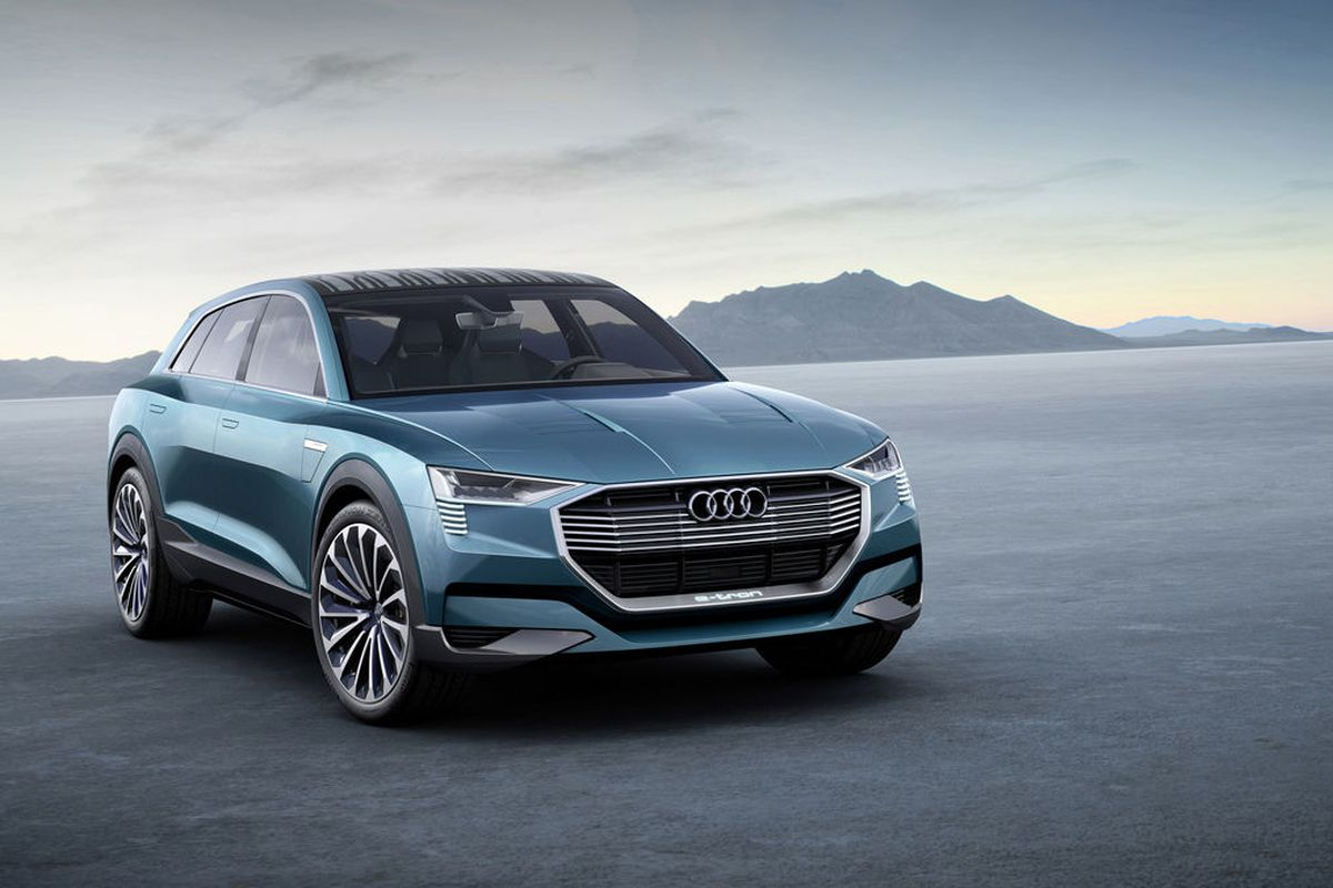 This Is Audi S E Tron Quattro Concept An Electric Suv With 310 Mile Range