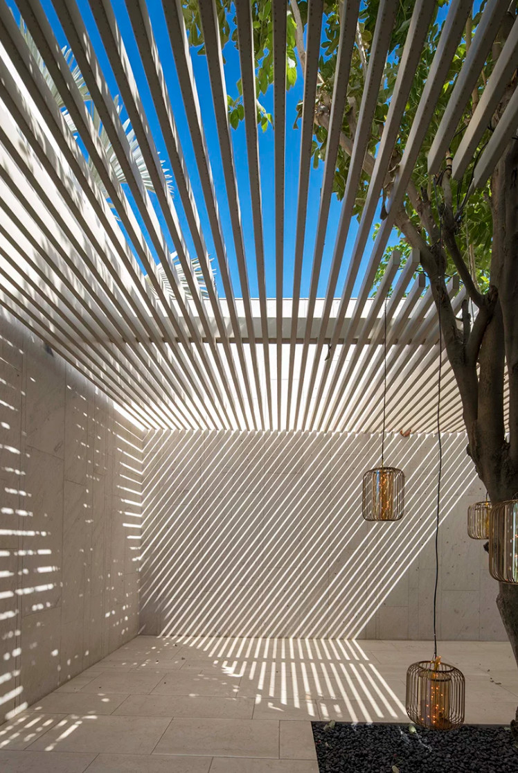 Courtyard with overhang