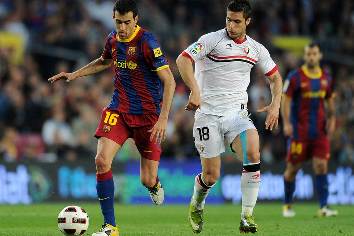 Sergio Busquets and company will try to get back to winning ways against Kike Sola and the rest of his Osasuna teammates.