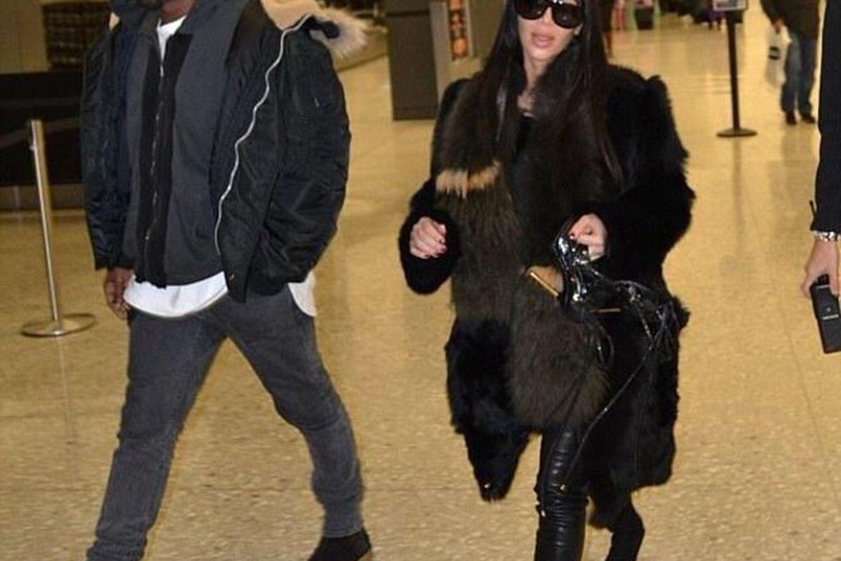 "Photo: <a href=""http://kuwkimye.com/post/109191063720/kim-kanye-at-an-airport-in-washington-dc"">Keeping Up With Kimye/Tumblr</a>"