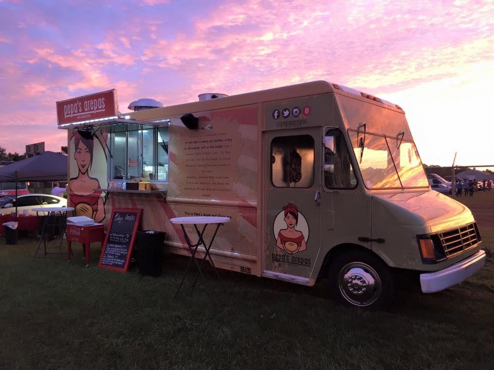 Pepa's Arepas' food truck