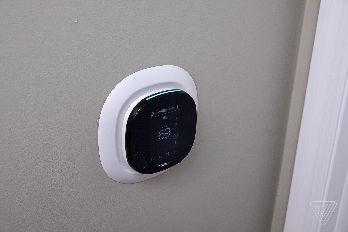 Ecobee SmartThermostat review: faster, sleeker, louder - The