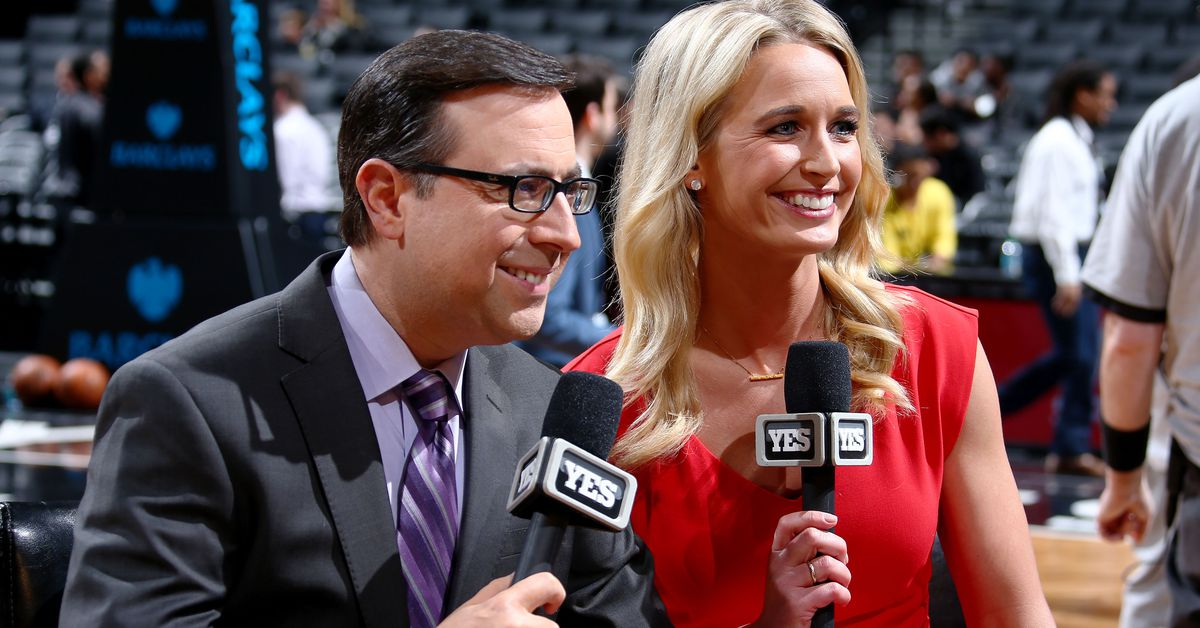 Sarah_kustok_first_woman_analyst