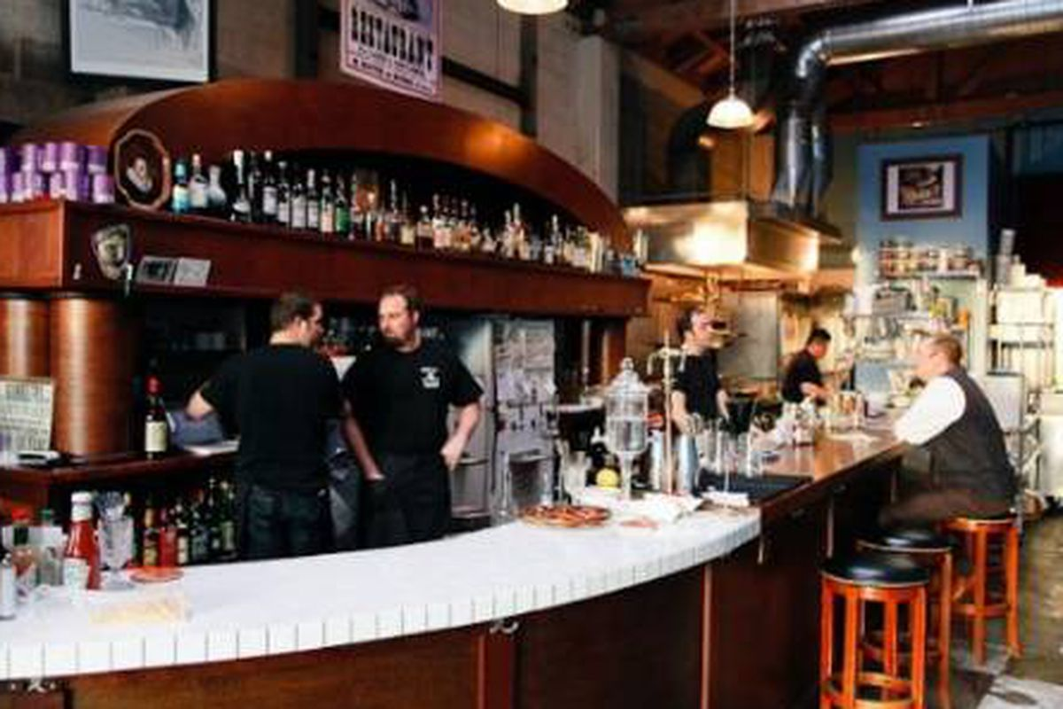 EaT: An Oyster Bar Team Opening Second Restaurant in Pearl ...