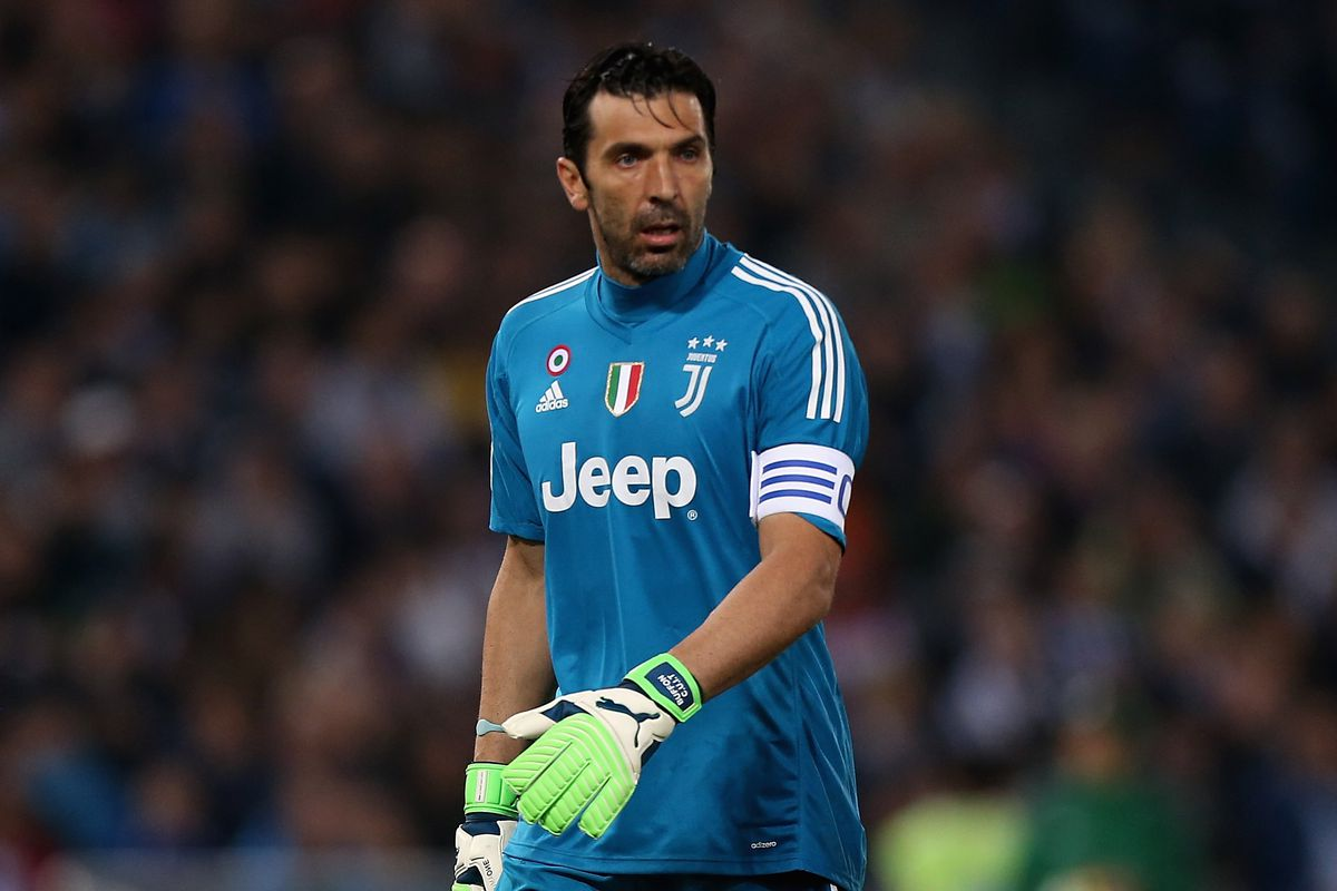 half off 2635b e4924 Reports: Gianluigi Buffon closing in on deal with Paris ...