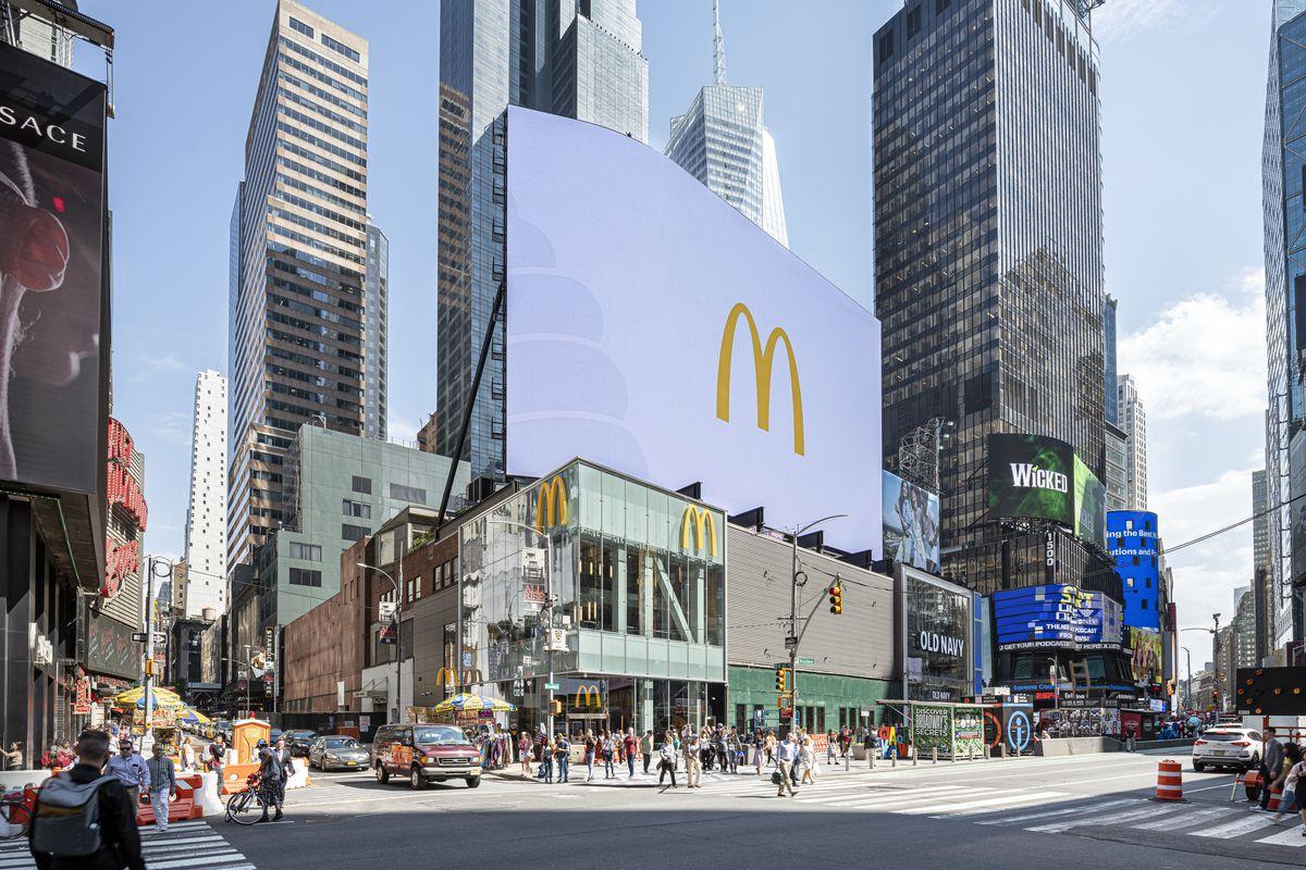 Mcdonald S Opens A Flashy Three Story Times Square Location Today Eater Ny