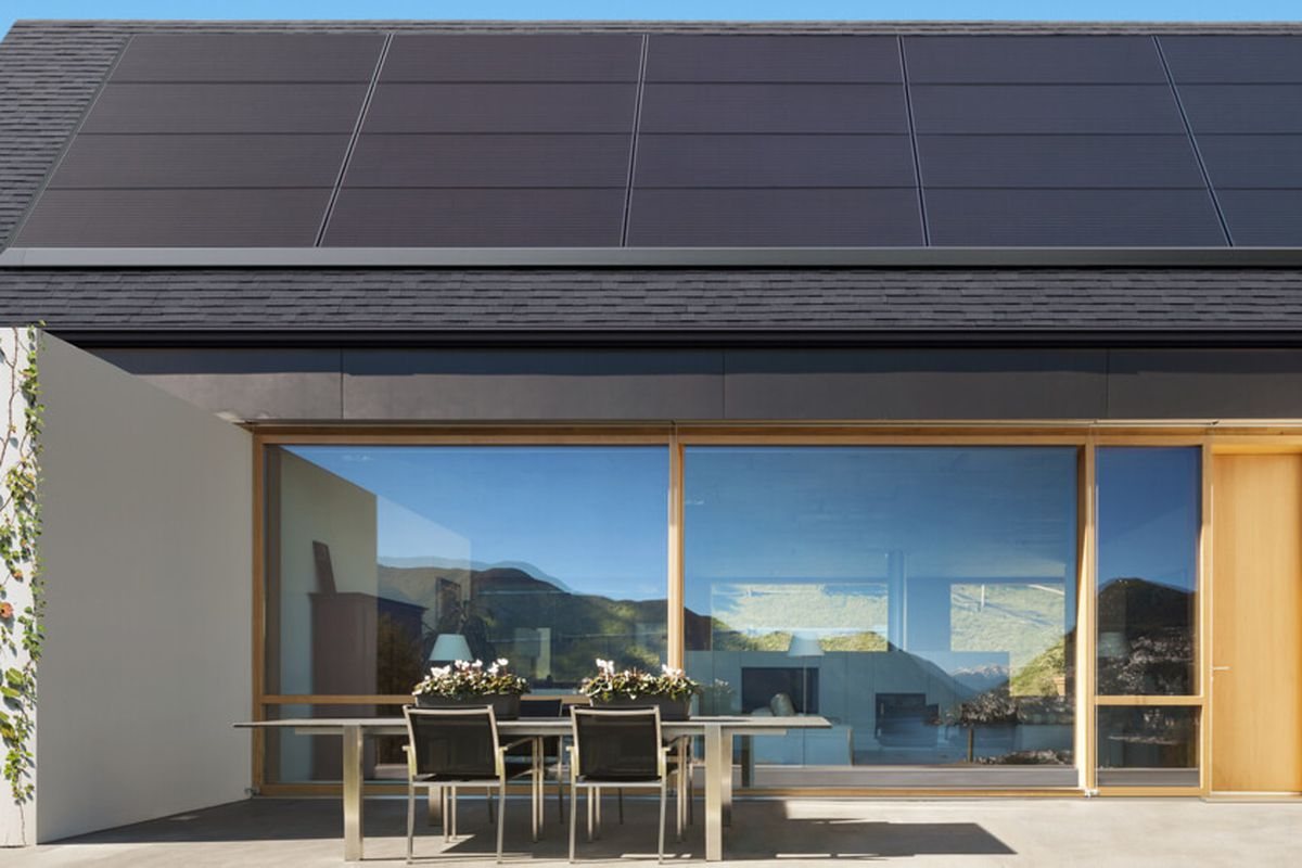 Solarcity Solar Panels >> Tesla S New Solar Panels Blend Right Into Existing Roofs Curbed