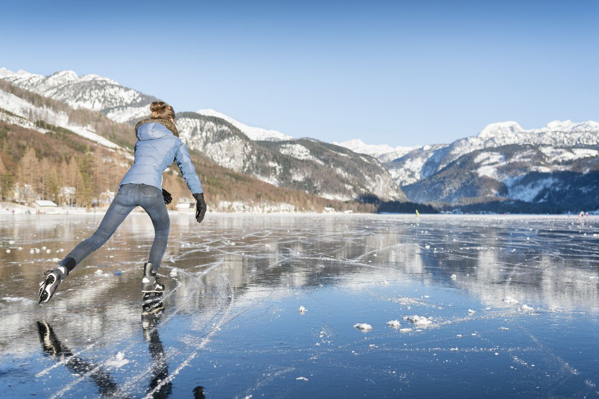 Why is ice so slippery? - Vox