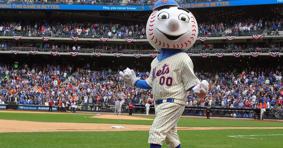 2013_opening_day_-_mr._met__2__-_brad_penner_-_usa_today_sports