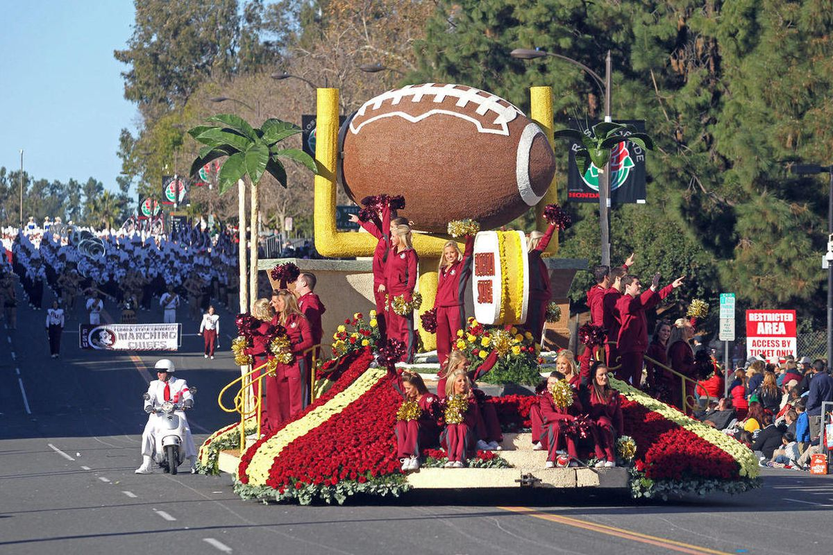 The Florida State float moves down Colorado Boulevard during the 126th Rose Parade in Pasadena, Calif. in Jan. 2015.