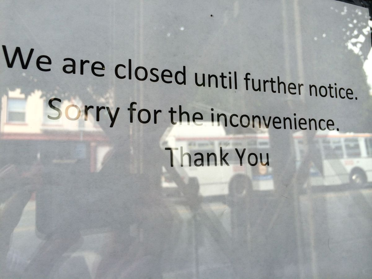 Sunflower closure sign