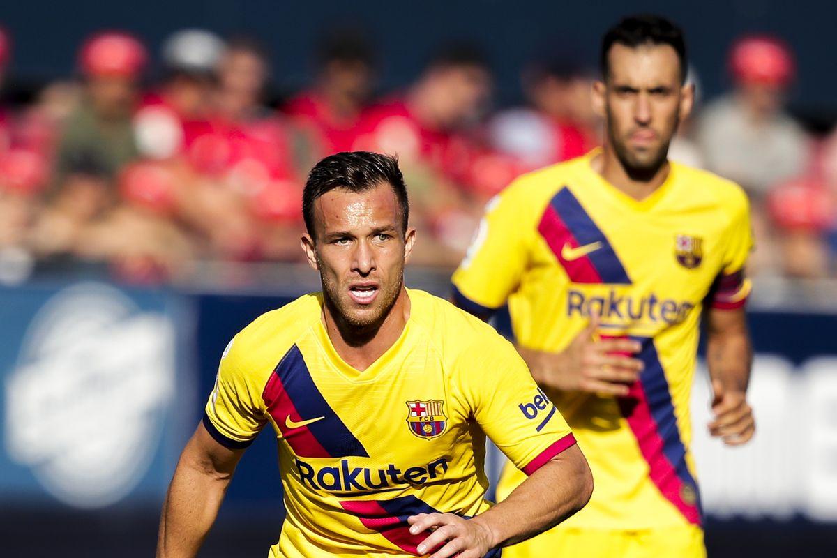 Frenkie de Jong, Sergio Busquets & Arthur - are magic for Barcelona