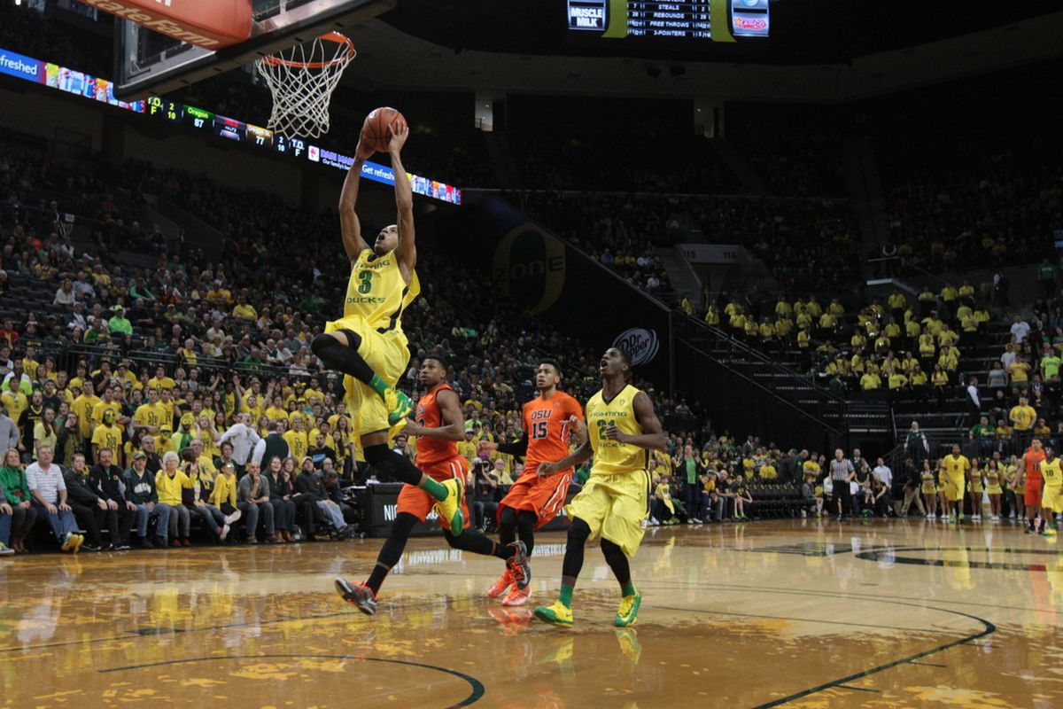 Joseph Young had a game high 25 points to lead Oregon to a 10 point win over Oregon in the 341st basketball battle of the Civil War Sunday.